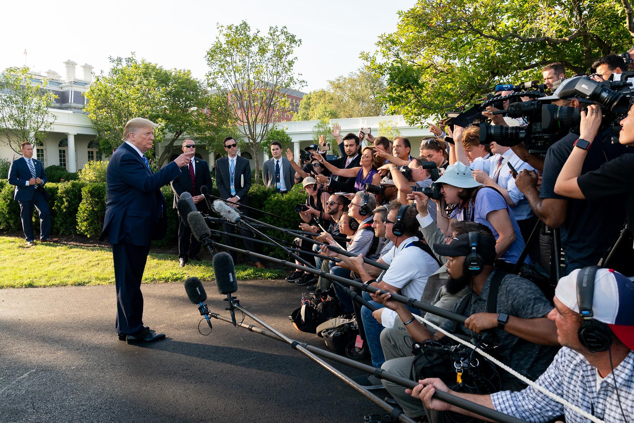 Paul Craig Roberts: I Feel Sorry for President Trump