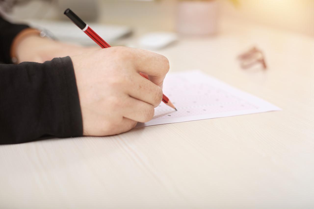 In Defence of the Australian Higher School Certificate