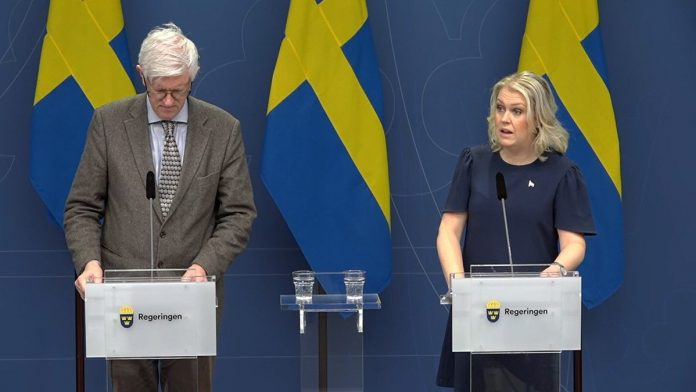 Elizabeth Johnston: Sweden Holds Off on Coronavirus Lockdowns and Quarantines, Keeps Schools and Businesses Open