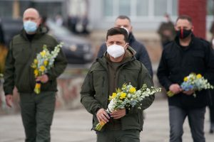 Ukraine Mandates Continued Mask-Wearing in Public